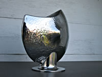 Disk Vase - Textured Surface